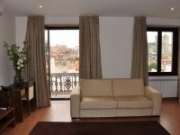 Modern one-bedroom apartment central Porto